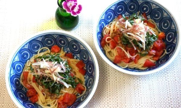 納豆とトマトのパスタ